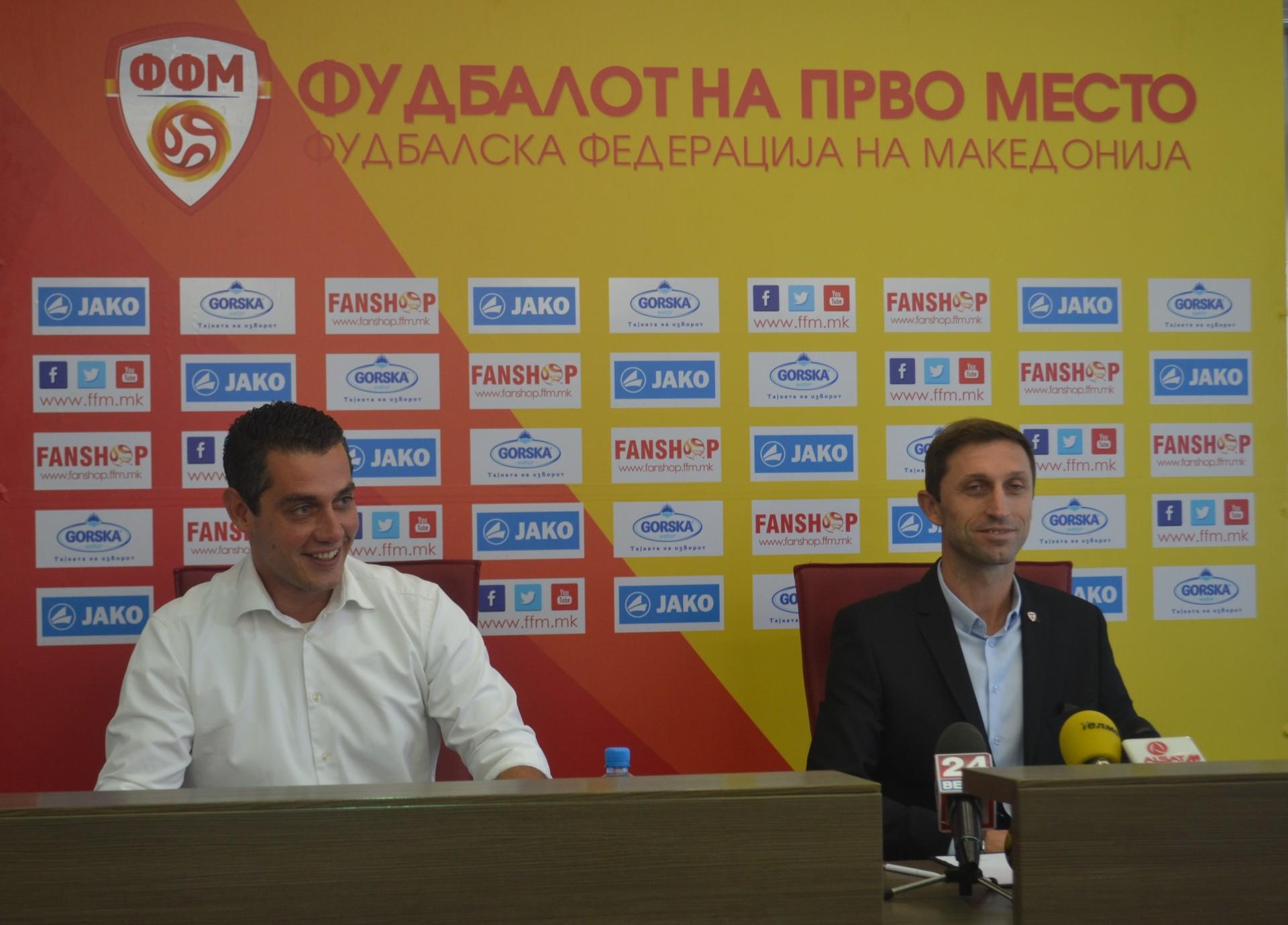 Milevski (R) and the FFM spokesman; photo: FFM